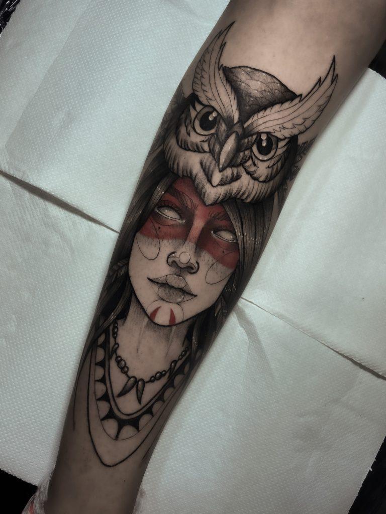 Foto de tatuagem feita por Thainá de Paula (@thainadpaulatattoo)