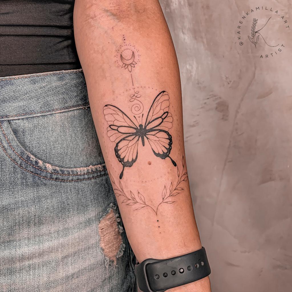 Foto de tatuagem feita por Karen Kamilla (@karenkamilla.art)
