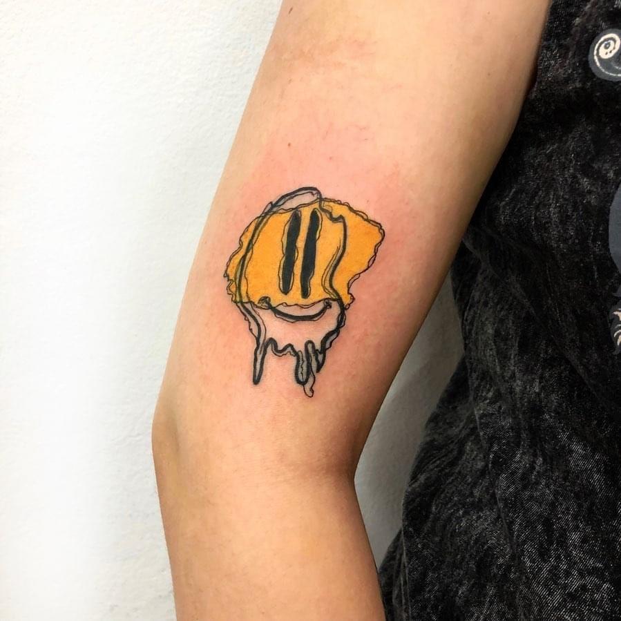 "Foto de tatuagem feita por Guilherme Reis ""Guizero"" (@guizero.art)"