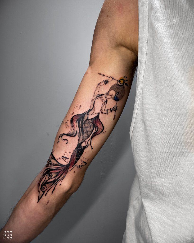 Foto de tatuagem feita por Danujo (@danujo.lab)