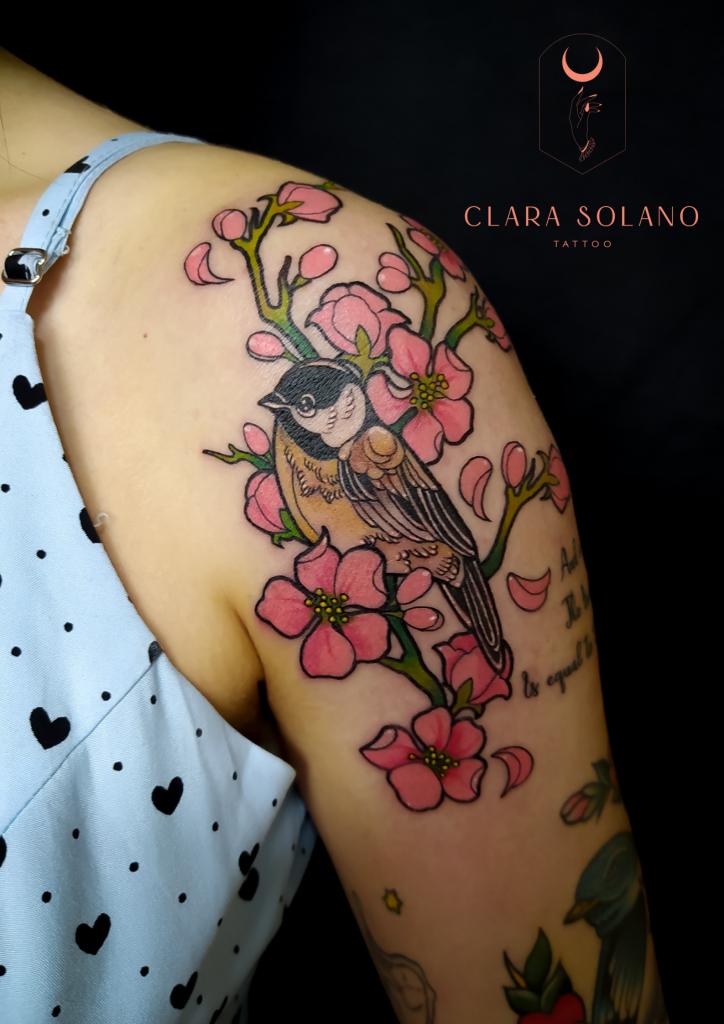 Foto de tatuagem feita por Clara Solano (@clarasolanotattoo)