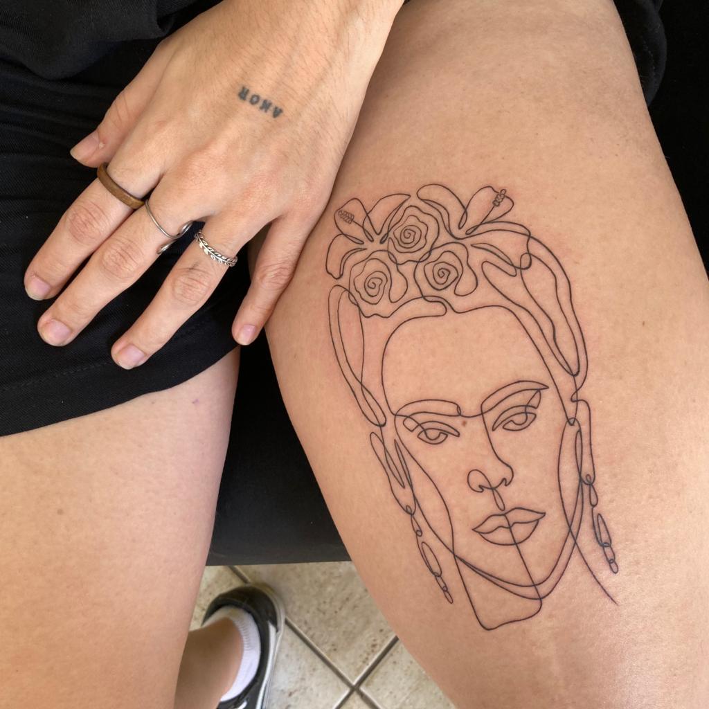 Foto de tatuagem feita por CALTATU (@caltatu)
