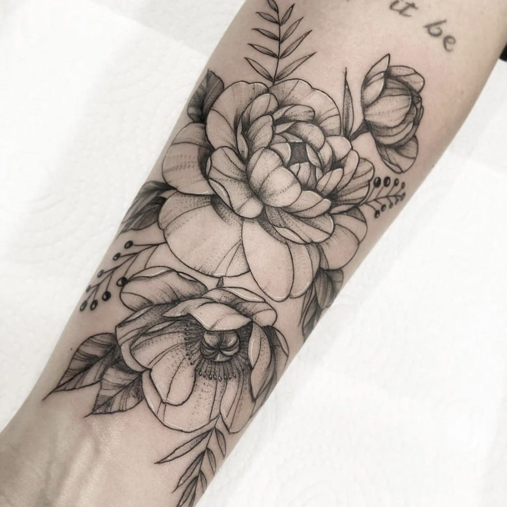 Foto de tatuagem feita por Amanda Lemos (@amandalemosart)