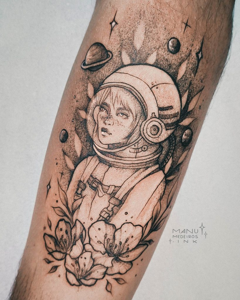 Foto de tatuagem feita por Manu Medeiros (@manumedeiros.ink)