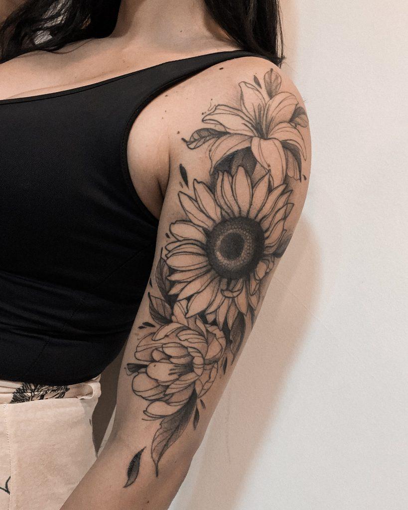 Foto de tatuagem feita por Deborah Lima (@dborahlima_)