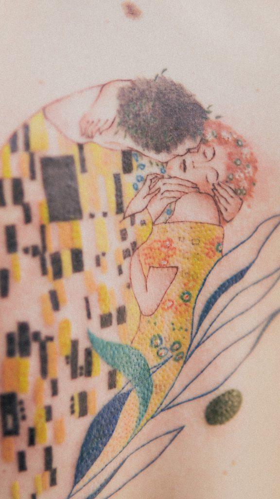 Foto de tatuagem feita por Isabela Hissa Pinto (belaaaaaa) (@_belaaaaaaaaaaaaaa)